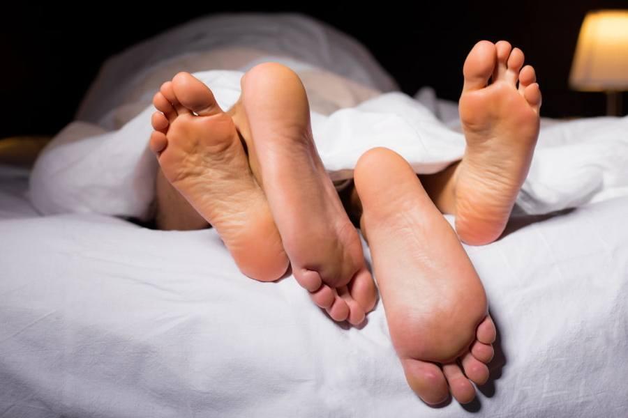 feet-bed