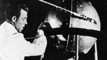 Теперь ты знаешь, что 4 октября 1957 года в космос запустили первый искусственный спутник, открывший космическую эру в истории человечества.