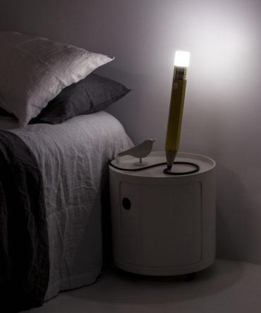 Лампа в виде карандаша