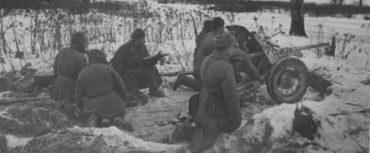 Теперь ты знаешь, что 16 ноября 1941 года при обороне Москвы от фашистских захватчиков в бою у разъезда Дубосеково совершили свой бессмертный подвиг 28 бойцов из дивизии генерала Панфилова.
