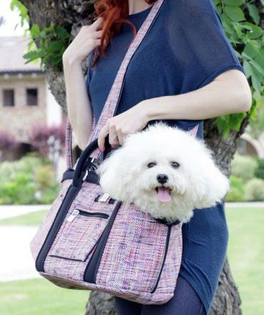 Итальянский бренд Save My Bag выпустил капсулу сумок-переносок для маленьких собак и щенков