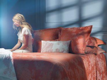 Новая коллекция постельного белья и аксессуаров для дома Yves Delorme осень/зима 2019 приехала в Россию