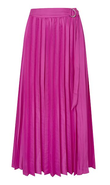 ad703995614 А в этом сезоне наиболее актуальны яркие сатиновые юбки