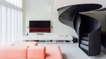 Интерьер двухэтажных апартаментов в Бразилии