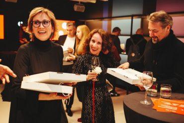 Запуск международного арт-проекта 100х100Art в новом выставочном пространстве  Roca Group