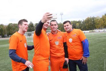 Футбольный клуб звёзд эстрады «Старко» и Москомспорт проведут футбольный «Кубок Добра» в помощь детям