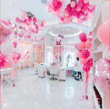 В Москве открывается первый в Европе салон красоты Hello Kitty