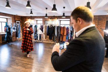 Victoria Andreyanova и Cappasity впервые в России представили коллекцию одежды в формате AR-голограмм