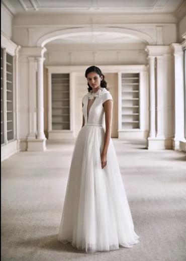 Свадебный look весна-лето 2021: как подобрать аксессуары к самому главному дню в вашей истории любви
