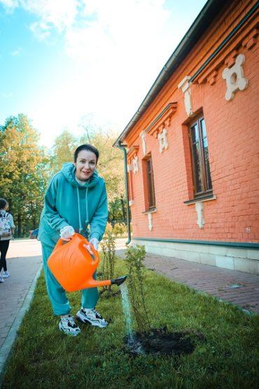 Ирина Пудова посадила кизиловый сад