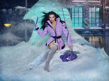 Канадский бренд верхней одежды Moose Knuckles вместе с Эмили Радковски, Питом Дэвидсоном и Адвоа Абоа в сюрреалистическом мира Дэвида Лашапеля