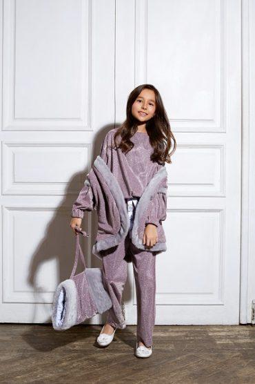 10-летняя Ульяна Кузнецова представила новую коллекцию одежды